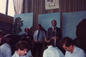 Meiweek 1982 025 Toespraak burg Koenders