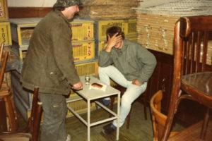 Meiweek 1985 014 Gluurder betrapt